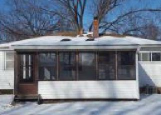Casa en ejecución hipotecaria in Eastlake, OH, 44095,  ROYALVIEW DR ID: F4254028