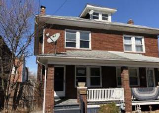 Casa en ejecución hipotecaria in York, PA, 17404,  W KING ST ID: F4254118