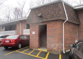 Casa en ejecución hipotecaria in Providence, RI, 02904,  SMITHFIELD RD ID: F4254471
