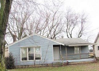 Casa en ejecución hipotecaria in Fort Wayne, IN, 46815,  LAKE AVE ID: F4254829