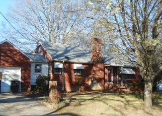 Casa en ejecución hipotecaria in Winston Salem, NC, 27107,  GRANITE ST ID: F4255498