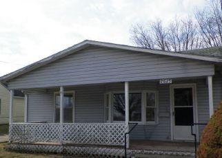 Casa en ejecución hipotecaria in New Castle, IN, 47362,  S MAIN ST ID: F4255633