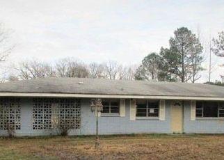 Casa en ejecución hipotecaria in Pine Bluff, AR, 71603,  MIDDLE WARREN RD ID: F4255750
