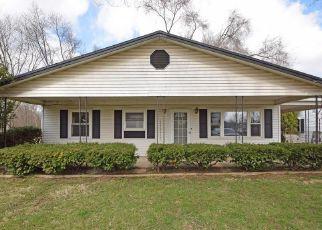 Casa en ejecución hipotecaria in Middletown, OH, 45044,  PERSHING AVE ID: F4256437