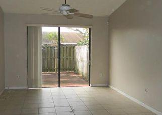 Casa en ejecución hipotecaria in Hialeah, FL, 33015,  NW 193RD LN ID: F4256496