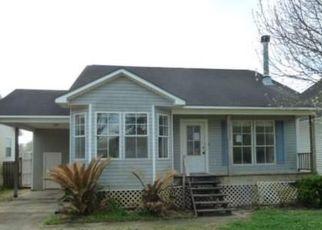 Foreclosure Home in Denham Springs, LA, 70726,  HOMESTEAD DR ID: F4256624