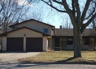 Casa en ejecución hipotecaria in Crystal Lake, IL, 60014,  WELLINGTON DR ID: F4256682