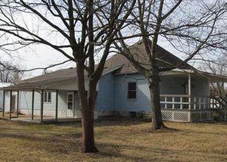 Casa en ejecución hipotecaria in Macoupin Condado, IL ID: F4257080