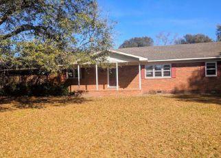Casa en ejecución hipotecaria in Columbus Condado, NC ID: F4257117