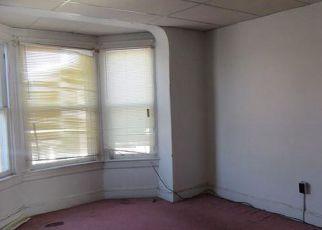 Casa en ejecución hipotecaria in York, PA, 17401,  W MAPLE ST ID: F4257860