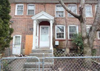 Casa en ejecución hipotecaria in Bridgeport, CT, 06610,  ASYLUM ST ID: F4258667