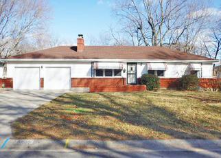 Casa en ejecución hipotecaria in Kansas City, MO, 64134,  CAMBRIDGE AVE ID: F4259063