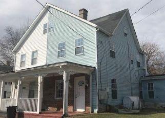 Casa en ejecución hipotecaria in Bowie, MD, 20720,  MAPLE AVE ID: F4259423
