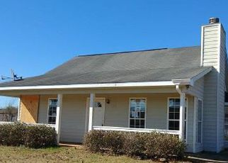Casa en ejecución hipotecaria in Fort Mitchell, AL, 36856,  FARMBROOK DR ID: F4259594