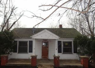 Casa en ejecución hipotecaria in Independence, MO, 64054,  E 9TH ST S ID: F4259857