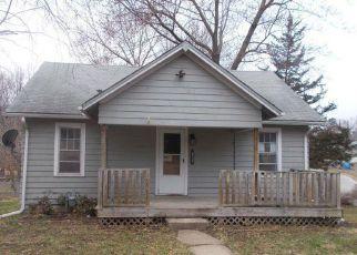 Casa en ejecución hipotecaria in Leavenworth, KS, 66048,  COLUMBIA AVE ID: F4259903