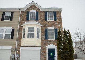 Casa en ejecución hipotecaria in Charles Town, WV, 25414,  DUNLAP DR ID: F4260285