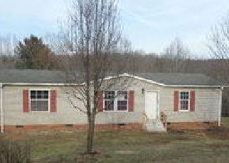 Casa en ejecución hipotecaria in Surry Condado, NC ID: F4260400