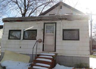 Casa en ejecución hipotecaria in Ontario Condado, NY ID: F4261061