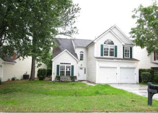 Foreclosure Home in Bluffton, SC, 29910,  LAKE LINDEN DR ID: F4261263