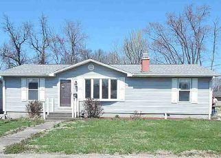 Casa en ejecución hipotecaria in Gibson Condado, IN ID: F4262316