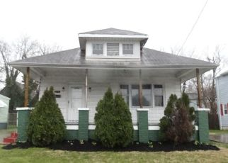 Casa en ejecución hipotecaria in Newport News, VA, 23607,  30TH ST ID: F4264300