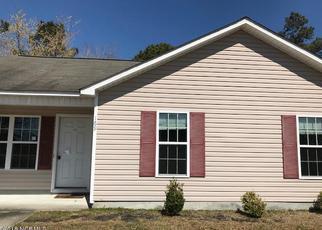 Casa en ejecución hipotecaria in Richlands, NC, 28574,  ASHBURY PARK LN ID: F4264815