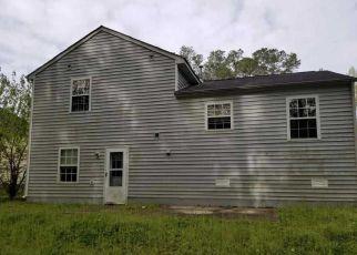 Casa en ejecución hipotecaria in Raleigh, NC, 27610,  MIDWAY PARK CT ID: F4265341