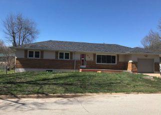 Casa en ejecución hipotecaria in Waynesville, MO, 65583,  THORNTON ST ID: F4265627
