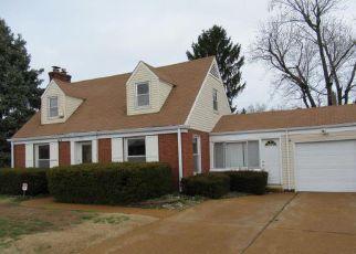 Casa en ejecución hipotecaria in Saint Louis, MO, 63147,  VERONICA AVE ID: F4265654