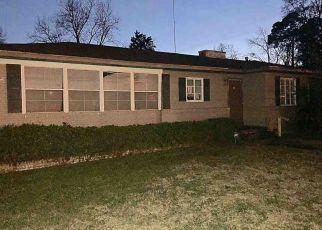 Casa en ejecución hipotecaria in Clinton, MS, 39056,  E COLLEGE ST ID: F4265743