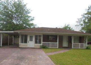 Casa en ejecución hipotecaria in Pascagoula, MS, 39581,  MARTHA CT ID: F4265780