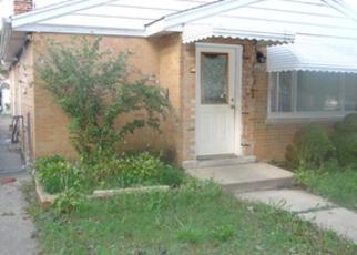 Casa en ejecución hipotecaria in Chicago, IL, 60629,  W 73RD PL ID: F4266327