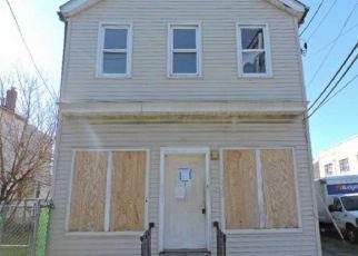 Casa en ejecución hipotecaria in Trenton, NJ, 08638,  PRINCETON AVE ID: F4267114