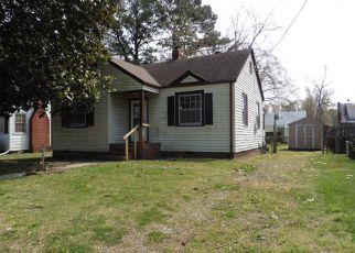 Casa en ejecución hipotecaria in Hampton, VA, 23661,  LINDALE ST ID: F4267692