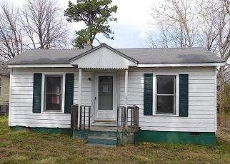 Casa en ejecución hipotecaria in Greensboro, NC, 27406,  NEWTON ST ID: F4267759