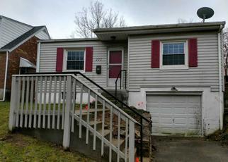 Casa en ejecución hipotecaria in Cincinnati, OH, 45216,  ESCALON ST ID: F4268088