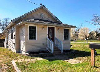 Casa en ejecución hipotecaria in Egg Harbor Township, NJ, 08234,  SCHOOL HOUSE RD ID: F4268689