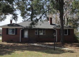 Casa en ejecución hipotecaria in Rocky Mount, NC, 27803,  OAKEY ST ID: F4269710