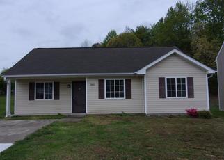 Casa en ejecución hipotecaria in Greensboro, NC, 27405,  SHEPWAY LOOP ID: F4269713