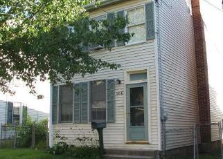 Casa en ejecución hipotecaria in Pottstown, PA, 19464,  E 2ND ST ID: F4269825