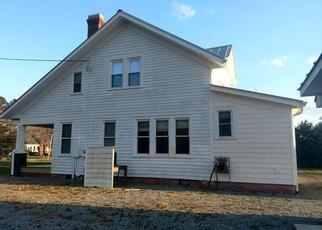 Casa en ejecución hipotecaria in Mathews Condado, VA ID: F4269930