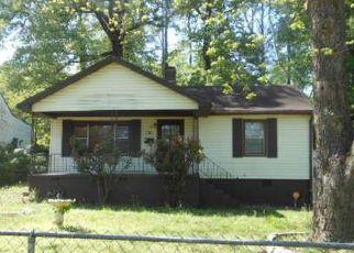 Casa en ejecución hipotecaria in Birmingham, AL, 35228,  PINEVIEW RD ID: F4270490