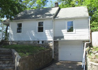 Foreclosure Home in Waterbury, CT, 06705,  MILL PLAIN AVE ID: F4273199