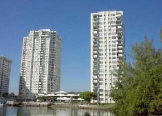Casa en ejecución hipotecaria in North Miami Beach, FL, 33160,  NE 183RD ST ID: 6176241