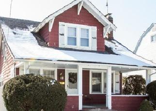 Casa en ejecución hipotecaria in Freeport, NY, 11520,  STILLWELL PL ID: 6226174