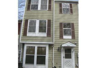 Casa en ejecución hipotecaria in Lindenwold, NJ, 08021,  GREENWOOD DR ID: 6272992