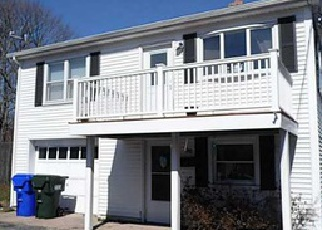 Casa en ejecución hipotecaria in Westerly, RI, 02891,  WELLS ST ID: 6275497
