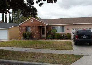 Casa en ejecución hipotecaria in Long Beach, CA, 90810,  E 219TH PL ID: 6282466
