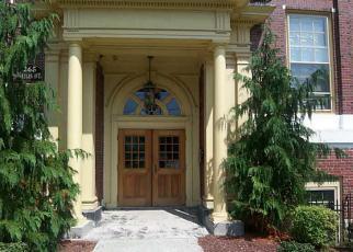 Casa en ejecución hipotecaria in Pascoag, RI, 02859,  SAYLES AVE ID: 6290823